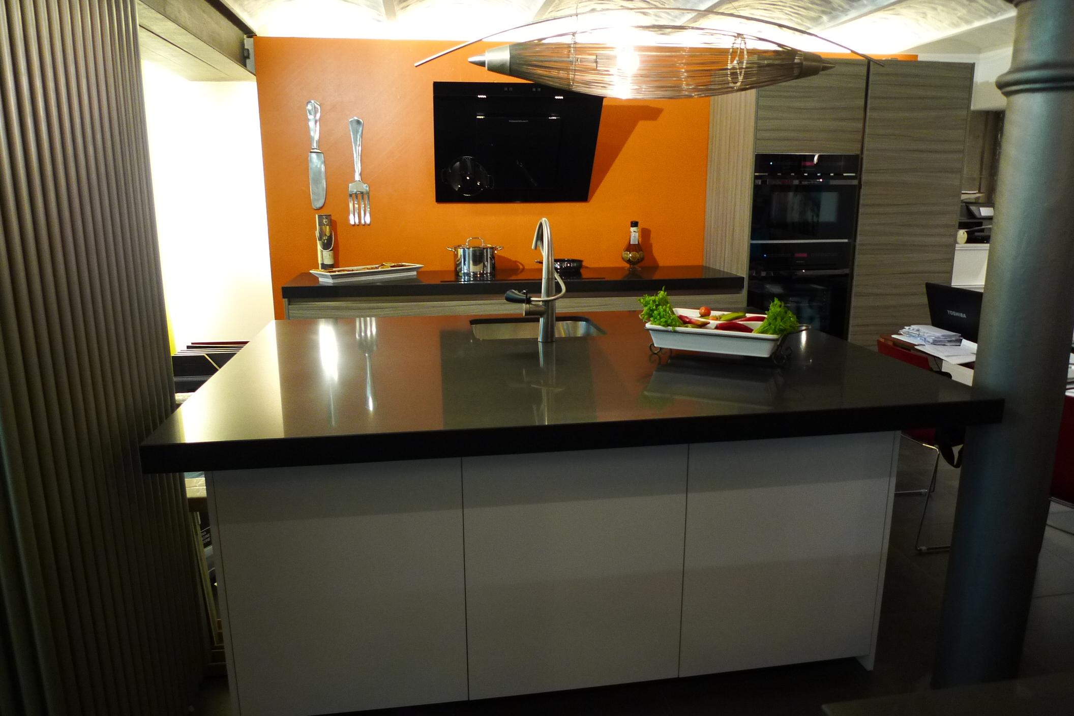 Project studio italiaanse design keukens comprex for Ouderwetse keuken te koop